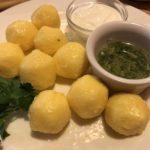 モルドバ料理おすすめ  東欧のサワークリーム大国  本場ママリーガの味は?
