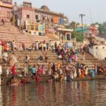 ヒンドゥー教の聖地バラナシ ガンジス河 インドの全てがここにある!