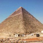 ギザの三大ピラミッド クフ王のピラミッドは世界最大の墓!